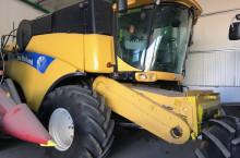 New-Holland CX 8060